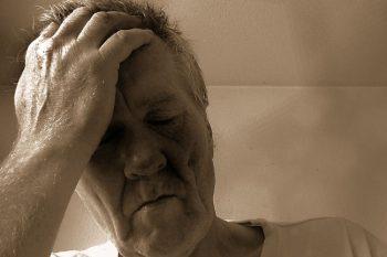 Prevent fasting headaches & light-headedness